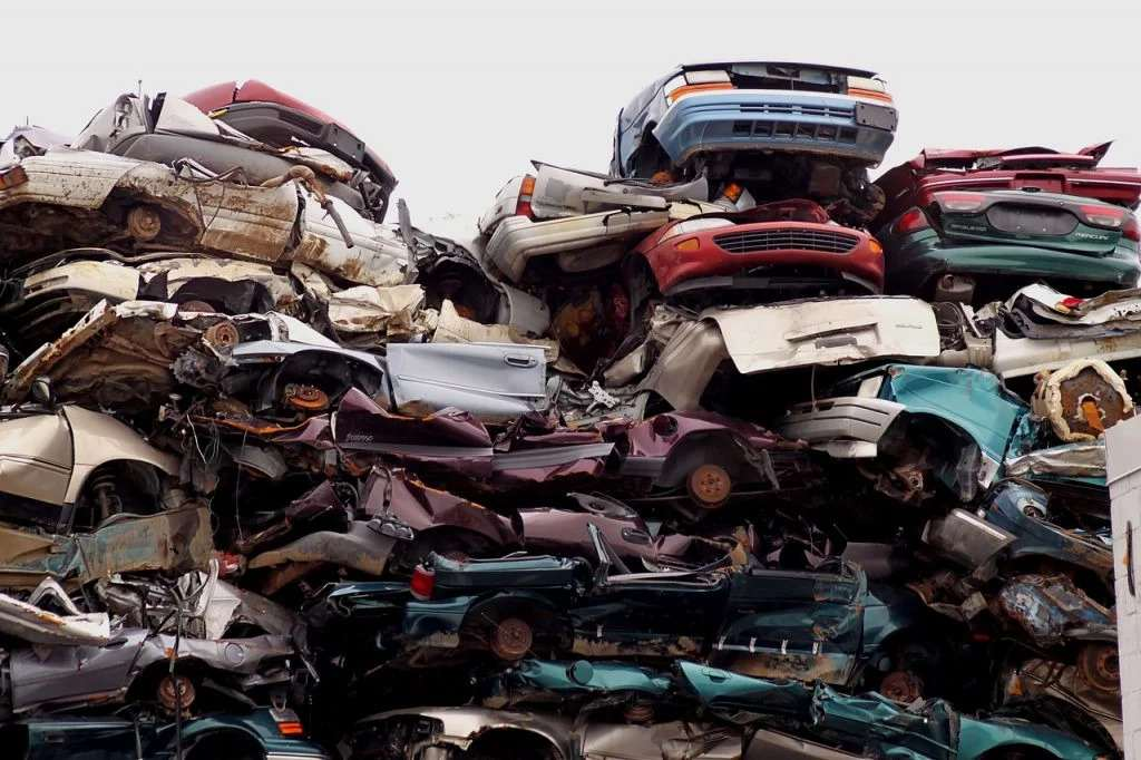Things To Do Before You Junk Your Car For Cash