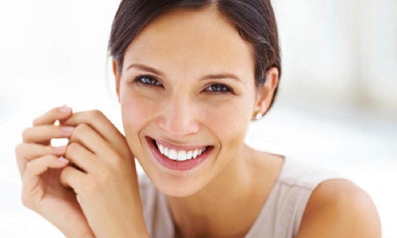 How Can I Keep My Teeth Healthy and Strong Naturally?