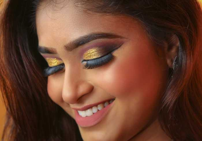 Bridal Makeup Tips for your Mehendi Ceremony - www.latestworldtrends.com